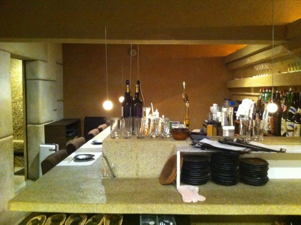 counter, wall and ceiling.. all of interior works made with earth.
