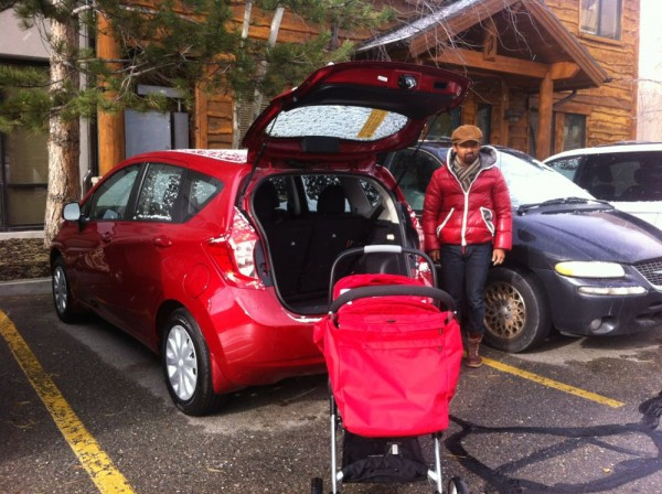 new car, new stroller and new father, all of them are Red !