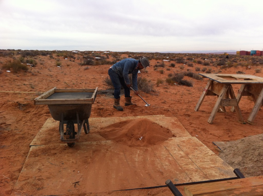 現場の砂を使う